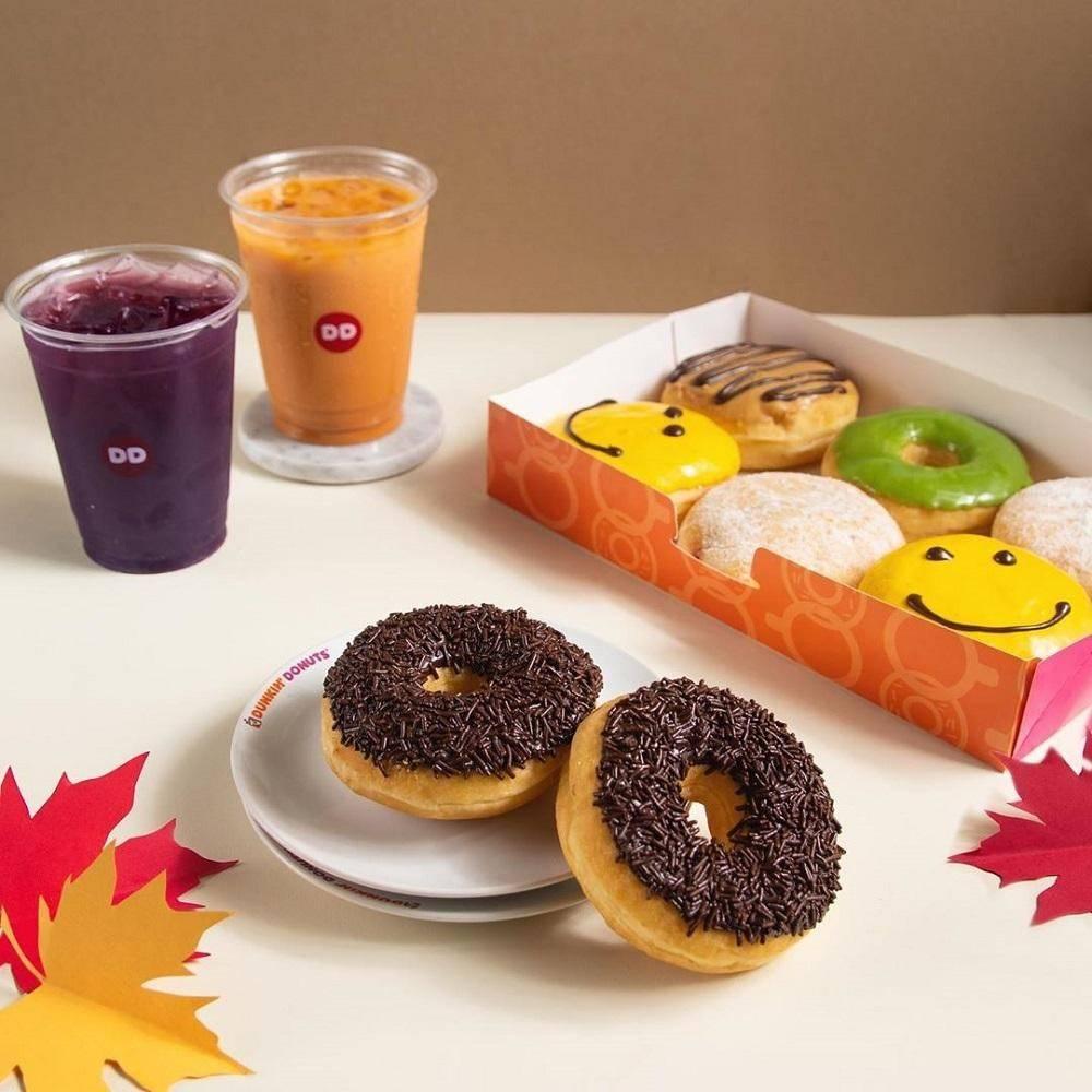 Dunkin Donuts Promo 3 Donut + 2 Minuman Dingin Hanya Rp. 50Ribu dengan Kupon LINE