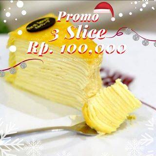 First Love Patisserie Christmas Promo, Beli Cake 3 Slices cuma Rp. 100.000