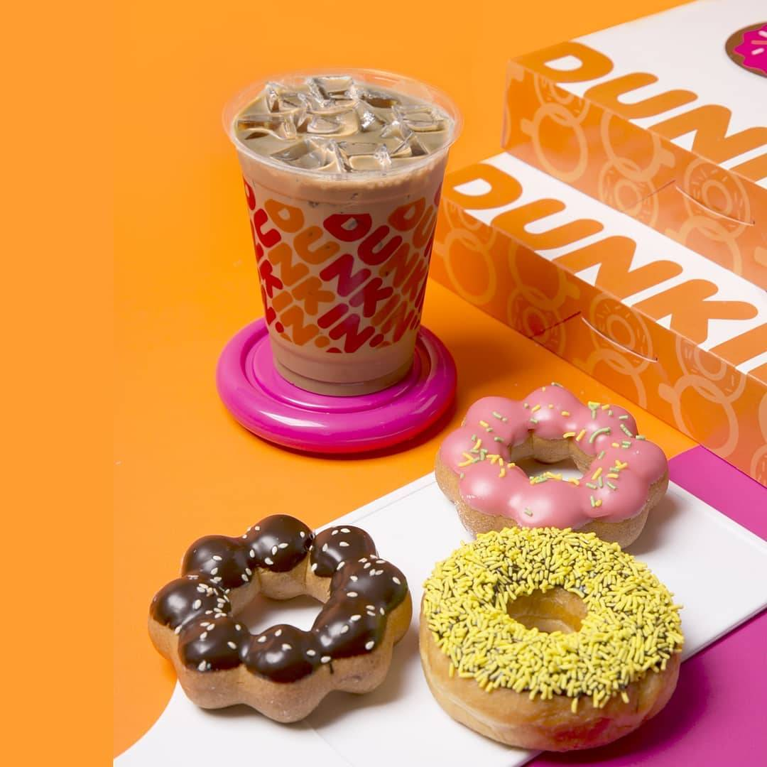 Diskon Dunkin Donuts Promo HUT BCA 6 Donuts + 2 Ice Beverages Only For Rp. 64.000