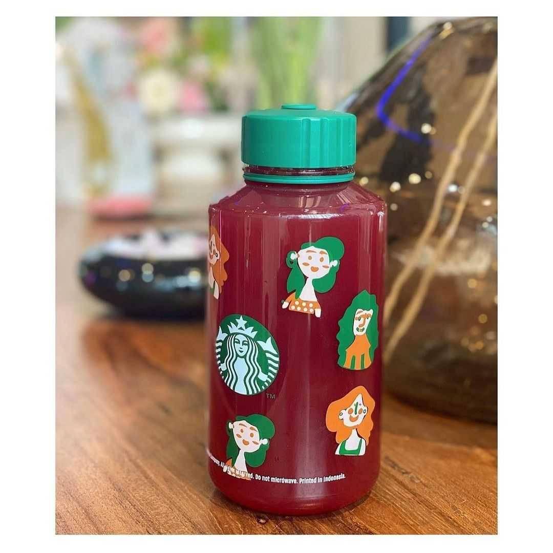 Promo diskon Starbucks Promo Koleksi 1L Reusable Bottle Kreaby Hanya Rp. 99Ribu