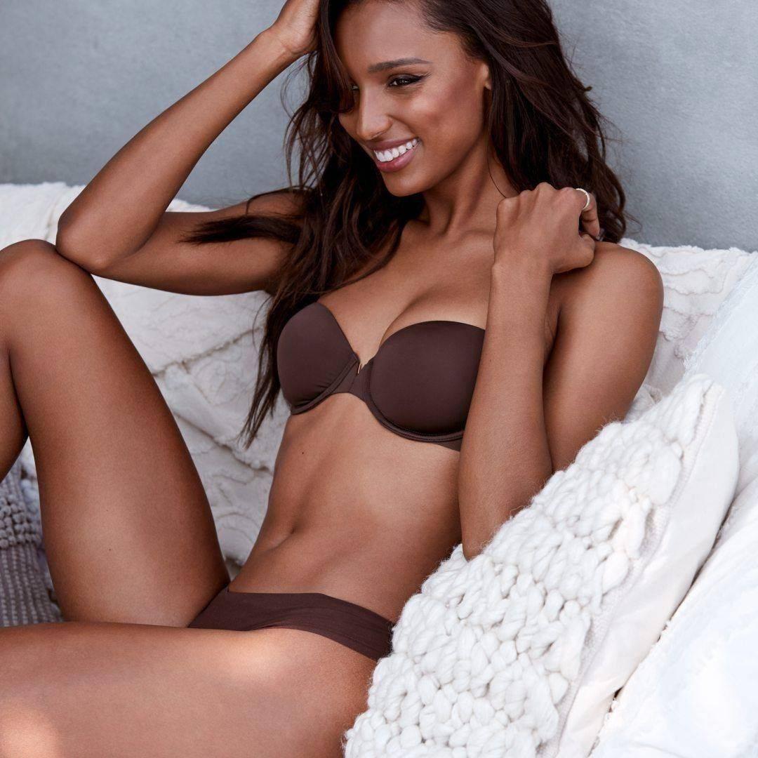 Victoria's Secret Promo Diskon 25% untuk Pembelian min. 2 pcs