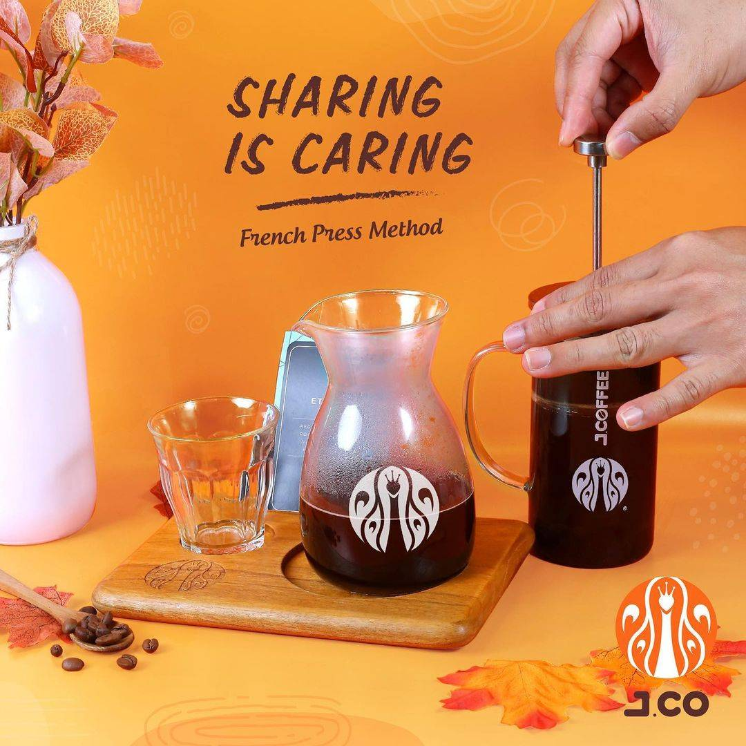 Diskon JCO Promo Buy 1 Get 1 Free Manual Brew French Press Method